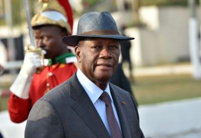 Politique  : Une réunion tenue à Paris pour une transition en Côte d'Ivoire ; Macron pose ses conditions ; c'était chaud autour de Ouattara